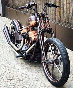 Old Classic Harley-Davidson Motorcycles Custom Bobber, Custom Choppers, Custom Harleys, Vintage Motorcycles, Custom Motorcycles, Custom Bikes, Motos Harley Davidson, Classic Harley Davidson, Harley Bobber