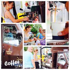 Nevím, jestli je to jen můj pocit, ale kávová vozítka mají v ČR svou sezónu. Potkávám je na open air akcích, v obchodních řetězcích, v ulicích měst... a moc se mi ta kultura líbí. Vzpomínka na paní Ivanku z Festivalu v ulicích v Ostravě, která si svůj model přivezla z Londýna Emotikona smile Andrea - tým KAVA.CZ