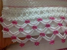 This Pin was discovered by HUZ Crochet Boarders, Crochet Lace Edging, Crochet Motifs, Crochet Stitches Patterns, Thread Crochet, Crochet Trim, Baby Knitting Patterns, Crochet Designs, Crochet Doilies