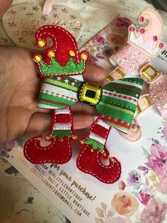Elf Bows | Etsy Christmas Hair Bows, Christmas Crafts, Christmas Ornaments, Making Hair Bows, Diy Hair Bows, Felt Hair Clips, Anna Griffin Cards, Diy Hair Accessories, Disney Diy