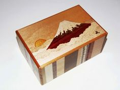 Fuji puzzle box