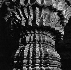 Andreas Volwahsen - Column in the Vestibule, Keshava Temple, Somanathapura @ Living Architecture - ANDREAS VOLWAHSEN | StoryLTD
