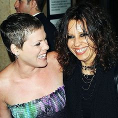 """P!nk worked with Linda Perry on the soundtrack for """"Served Like a Girl"""". She recorded the song """"Halfway Gone"""". P!NK (Alecia Beth Moore) Fanclub http://ift.tt/2uNVxEO"""