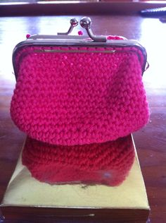 Monedero de ganchillo crochet. Ana Corberán