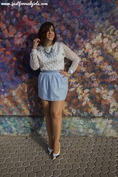 El Serenity es coqueto, elegante y sienta estupendamente cuando ya estás un poquito bronceada. ¿Con que otros colores se puede combinar? Hoy os hablo de el por el blog, ¡no te lo pierdas! Más en: http://www.justforrealgirls.com/2016/02/color-pantone-2016-rose-quartz-y-azul-serenity.html #AzulSerenity #RosaCuarzo #tdsmoda #justforrealgirls #fashionblogger #bloggerlife #bloggerssevilla #ootd #outfitoftoday