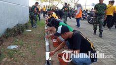 Pemkot Surabaya Gelar Kerja Bakti Bareng Bonek di Stadion Gelora Bung Tomo, Diikuti Ribuan Peserta Surabaya, Youtube, Youtubers, Youtube Movies