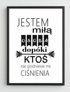 Plakat typograficzny w drewnianej ramce Jestem miłą osobą www.ckdekor.pl