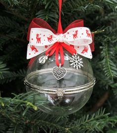 Personalised Hand Blown Glass Christmas Clamshell Baubles - Reindeer ribbon by FlairAndFandangle on Etsy