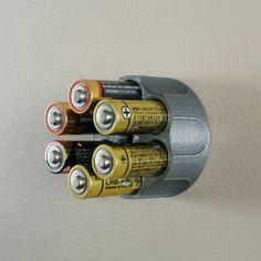 3D AA battery holder, WallTosh #3D #3Dprint #3Dprinting [more pics on Cults website]