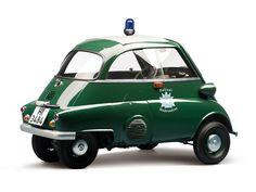 El BMW Isetta fue el primer BMW de la posguerra y colocó a la firma entre los cuatro principales fabricantes de automóviles.