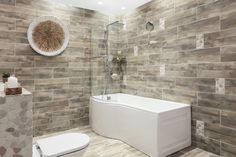 Before you even start planning a bathroom renovation, make sure you have a specific style in mind. Decor, Home Improvement, Bathroom Styling, Home Decor, Renovations, Beautiful Bathrooms, Bathroom Renovation, Bathroom Inspiration, Trendy Home