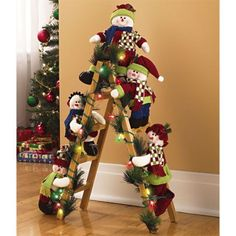 15 the creative christmas ladder for this year is amazing 10 From candles to greenery and everything between, it's important to be certain you include any staircases in your house in your decorating plans. Gold Christmas, Simple Christmas, Christmas Home, Christmas Lights, Christmas Holidays, Elf Christmas Decorations, Christmas Wreaths, Christmas Ornaments, Christmas Snowman