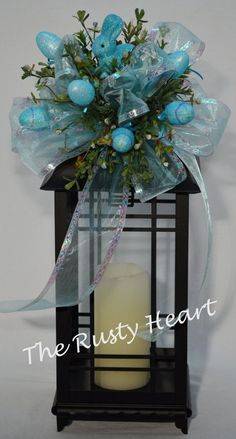 Fall Lanterns, Lanterns Decor, Christmas Lanterns, Christmas Swags, Blue Christmas, Easter Crafts, Easter Decor, Easter Ideas, Easter Food