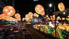 Singapore Chinatown festive street light up  ST PHOTO: NEO XIAOBIN