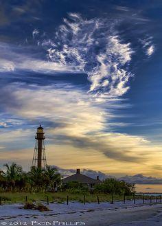 Sanibel Light House   by tropicdiver, via Flickr