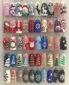 Convenient to apply nail art at home but high quality like salon. With Nail Art Club nail wraps, you can have gorgeous, fashion-inspired nails Nail Noel, Xmas Nail Art, Cute Christmas Nails, Christmas Nail Art Designs, Holiday Nail Art, Xmas Nails, Winter Nail Art, Christmas Manicure, Christmas Gel Nails