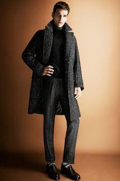 Tom Ford Fall 2013 Menswear Fashion Show Fashion Show, Mens Fashion, Fashion Design, Fashion Trends, Fashion Styles, Fashion 2014, Winter Fashion, Le Male, Beautiful Suit