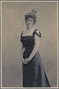 Ca. 1892:  Cornelius Vanderbilt II's daughter Gertrude Vanderbilt, who married her neighbor Harry Paine Whitney on 57th street.