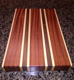 Mahogany, Poplar, Walnut Chopping Block by Paul Flatt Woodworking Box, Woodworking Projects Diy, Diy Wood Projects, End Grain Cutting Board, Wood Cutting Boards, Uses Of Wood, Wooden Chair Plans, Got Wood, Wood Tray