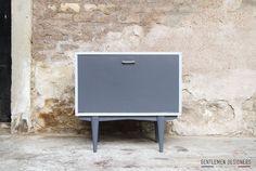 PETIT MEUBLE D'APPOINT VINTAGE RELOOKÉ http://www.gentlemen-designers.fr
