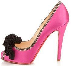 High Heels :     Picture    Description  Louboutin – who else?    - #Heels https://glamfashion.net/fashion/shoes/heels/high-heels-louboutin-who-else/