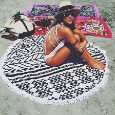 Large Microfiber Reactive Printed Round Beach Towel With Tassel Serviette De Plage Toalla Playa Beach Swim Towel - Bamba Sportive Summer Sun, Summer Of Love, Summer Beach, Summer Vibes, Summer 2016, Beach Yoga, Beach Bum, Beach Towel, Beach Wrap