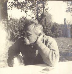 Józef Piłsudski at home in Druskieniki. 1927  [::SemAp FB || SemAp G+::]