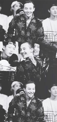 "Smile ❤ "" G -Dragon"