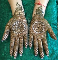 Here's a bridal design done this month, I love incorporating mandalas into the palms instead of just on the top of the hands! #henna #mehndi #design #hennaart