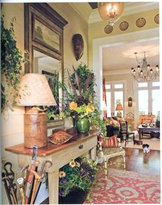 entry hall: so inviting