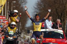 Almost everyone who wins Amstel Gold seems to be unexpected these days. Roman Kreuziger wins for Saxo Tinkoff