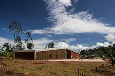 Architecture team: Marta Maccaglia, Paulo Afonso + Ignacio Bosch, Borja Bosch Construction takes place in the community of Santa Elena, in the rural Selva ...
