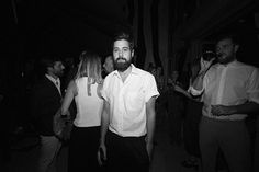Sí está siendo una gran noche! Nadie quiere perderse #VFNO2017. (Fotografía: @carlosdelucass)  via VOGUE SPAIN MAGAZINE OFFICIAL INSTAGRAM - Fashion Campaigns  Haute Couture  Advertising  Editorial Photography  Magazine Cover Designs  Supermodels  Runway Models