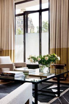 Un appartement avec une vue grandiose sur les Invalides