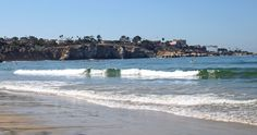 La Jolla's biggest draw for locals and tourists alike, are the beaches. During the summer and autumn months, the surf is relatively gentle, with warm waters in 70s. Swimmers, snorkelers, scuba divers and surfers can enjoy the local beaches at La Jolla Shores, the Cove and Windansea.