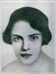 Heavily retouched photo of Anna Anderson circa 1926