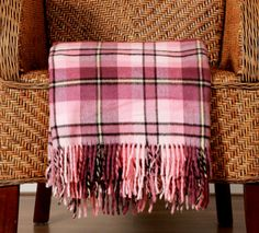 See our collection of pretty throws, light enough for daily use, and warm enough for winter. Great gifts for newborns, birthdays and weddings. Pillow Room, Blankets, Great Gifts, Weaving, Rooms, Pillows, Collection, Bedrooms, Bed Pillows