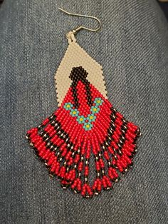 - Welcome to our website, We hope you are satisfied with the content we offer. Beaded Earrings Native, Beaded Earrings Patterns, Native Beadwork, Native American Beadwork, Fringe Earrings, Native Beading Patterns, Beadwork Designs, Seed Bead Patterns, Seed Bead Projects