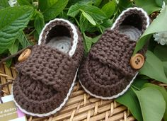 Crochet  baby boy booties shoes little  loafers cream and chocolate  size 3/6 months ready to ship with gift box. $18.00, via Etsy.