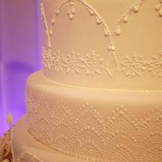 Amazing Wedding Cake  Consulta esta foto de Instagram de @delicatessepostres • 156 Me gusta Amazing Wedding Cakes, Instagram Posts, Desserts, Deserts, Tailgate Desserts, Postres, Dessert, Plated Desserts