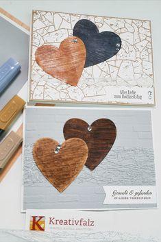Hochzeiten und Valentinstage sind echte Herzensangelegenheiten. Bei diesen beiden Kartenideen habe ich mit dem Spezialpapier Holztextur und für die Herzen die Stanzformen Herzensblüten gearbeitet. Der Clou: Die Herzen sind mit den Stampin' Blends koloriert. Damit kommt die Struktur des Papiers noch mehr zur Geltung. Weitere Materialien habe ich Euch für diese beiden Projekte in den Anleitungen aufgelistet. Stampin Up, Paper, Wood Texture, Decorating, Tutorials, Projects, Creative, Stamping Up