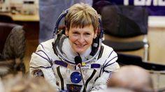 La astronauta de la NASA Peggy Whitson ha abandonado este sábado la Estación Espacial Internacional, completando un total de 665 días de carrera en órbita, un récord estadounidense.Whitson, de 57 …