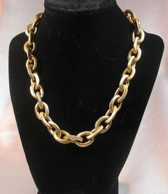 "Heavy Goldtone Chain Necklace Toggle Clasp Rhinestones 18"" Unsigned EUC"