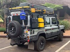 Defendef – Land Rover – Home Security Landrover Defender, Defender Camper, Land Rover Defender 110, Camping Car Van, Truck Camping, International Scout, Jeep 4x4, Jeep Truck, Ford Trucks