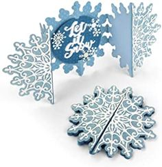 Snowflake Cards, Snowflakes, Handmade Christmas, Christmas Crafts, Christmas Ideas, Arts And Crafts, Paper Crafts, Die Cut Cards, Sewing Stores