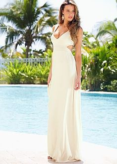 Open back maxi dress Dare to get a second look when you wear this sexy maxi dress with a plunging V-neckline and an open cut out back. Cheap Maxi Dresses, Beautiful Maxi Dresses, Casual Dresses, Summer Dresses, Summer Outfits, Gorgeous Dress, Women's Casual, Women's Dresses, Long Dresses