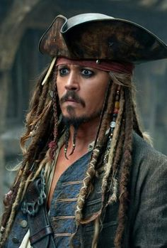 ~ † Johnny Depp † As Jack Sparrow † In The Pirates Of Caribbean Trilogy † Captain Jack Sparrow, Johnny Depp Movies List, Johnny Depp Frases, Film Pirates, Mode Steampunk, The Lone Ranger, Pirate Life, Film Serie, Pirates Of The Caribbean