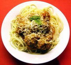 Dulcie & Cubano: Monday Madness - Spaghetti Bolognese with Meatballs