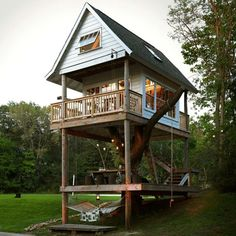 great tree house for a big back yard future house ideas pinterest h uschen. Black Bedroom Furniture Sets. Home Design Ideas
