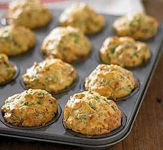 These 10 Healthy Muffin Recipes Will Revolutionise Your Meal Planning Sun-dried tomato, spinach and feta muffins Muffin Tin Recipes, Healthy Muffin Recipes, Vegetarian Recipes, Cooking Recipes, Healthy Foods, Cooking Kids, Cooking 101, Snacks Recipes, Healthy Eats